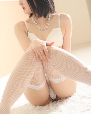 錦糸町人妻・お姉様専門デリバリーヘルス『秘密倶楽部 凛』モデルみみ写真4