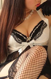 錦糸町デリヘル 待ち合わせ型 人妻デリバリーヘルス『秘密倶楽部 凛 錦糸町店』つばきさんのプロフィール写真