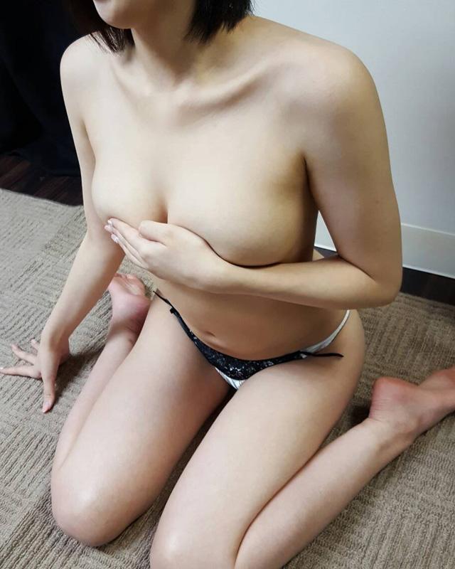 待ち合わせデリバリーヘルス・錦糸町人妻・お姉様専門・『秘密倶楽部 凛』モデル茜写真5