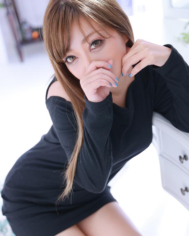 『秘密倶楽部 凛 TOKYO』錦糸町デリヘル 待ち合わせ型 人妻デリバリーヘルスロロ.さんのプロフィール写真3