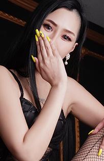『秘密倶楽部 凛 TOKYO』錦糸町デリヘル 待ち合わせ型 人妻デリバリーヘルス朱夏さんのプロフィール写真