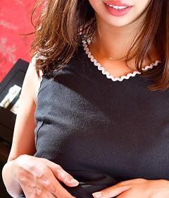 『秘密倶楽部 凛 TOKYO』錦糸町デリヘル 待ち合わせ型 人妻デリバリーヘルス新人女性【かれん】