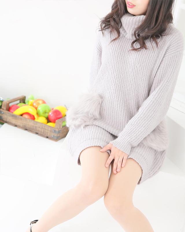 『秘密倶楽部 凛 TOKYO』錦糸町デリヘル 待ち合わせ型 人妻デリバリーヘルスりおさんのプロフィール写真2