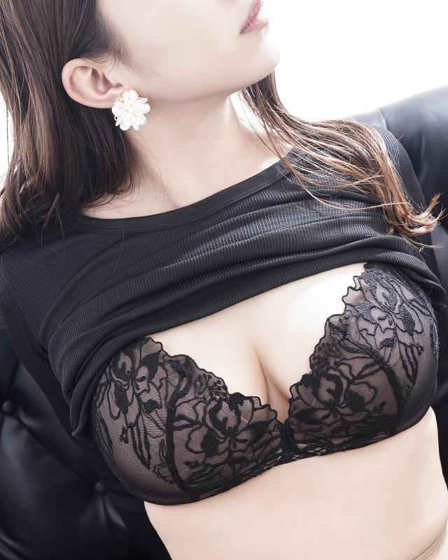 『秘密倶楽部 凛 TOKYO』錦糸町デリヘル 待ち合わせ型 人妻デリバリーヘルスたおさんのプロフィール写真1