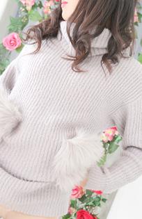 『秘密倶楽部 凛 TOKYO』錦糸町デリヘル 待ち合わせ型 人妻デリバリーヘルス【りお】の写真