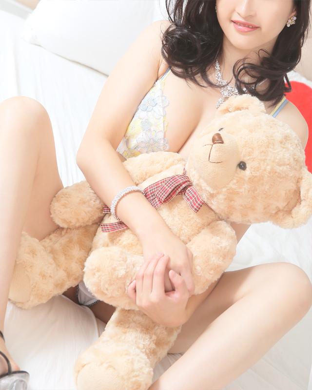 『秘密倶楽部 凛 TOKYO』錦糸町デリヘル 待ち合わせ型 人妻デリバリーヘルス梨華子さんのプロフィール写真3
