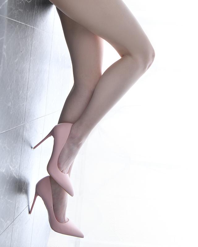 『秘密倶楽部 凛 TOKYO』錦糸町デリヘル 待ち合わせ型 人妻デリバリーヘルスちかさんのプロフィール写真2