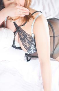 『秘密倶楽部 凛 TOKYO』錦糸町デリヘル 待ち合わせ型 人妻デリバリーヘルスたまきさんのプロフィール写真