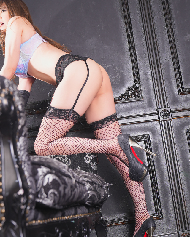『秘密倶楽部 凛 TOKYO』錦糸町デリヘル 待ち合わせ型 人妻デリバリーヘルスなみえさんのプロフィール写真2