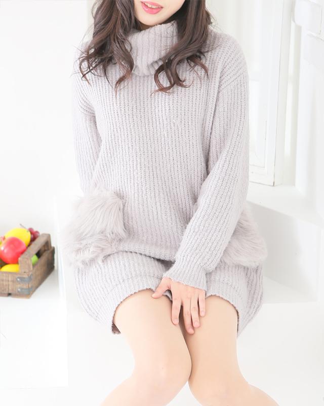 『秘密倶楽部 凛 TOKYO』錦糸町デリヘル 待ち合わせ型 人妻デリバリーヘルスりおさんのプロフィール写真1