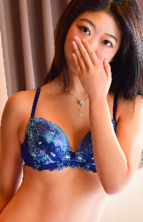 『秘密倶楽部 凛 TOKYO』錦糸町デリヘル 待ち合わせ型 人妻デリバリーヘルスエイミの写真