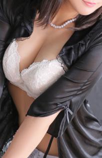 『秘密倶楽部 凛 TOKYO』錦糸町デリヘル 待ち合わせ型 人妻デリバリーヘルスエレナの写真