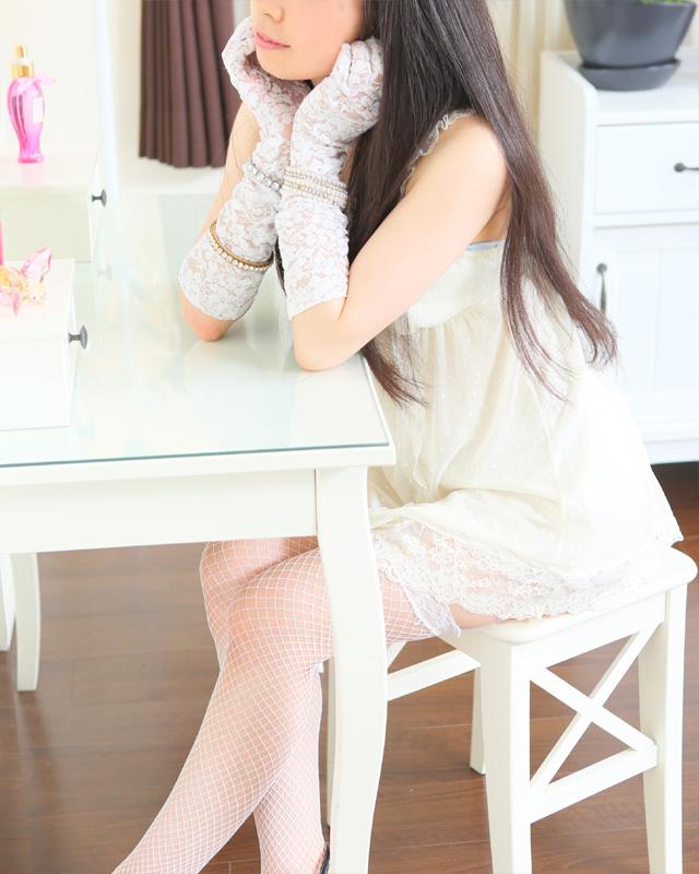 『秘密倶楽部 凛 TOKYO』錦糸町デリヘル 待ち合わせ型 人妻デリバリーヘルスいちかさんのプロフィール写真3