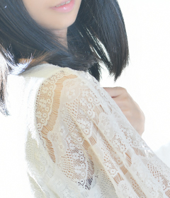 『秘密倶楽部 凛 TOKYO』錦糸町デリヘル 待ち合わせ型 人妻デリバリーヘルス新人女性【れな】