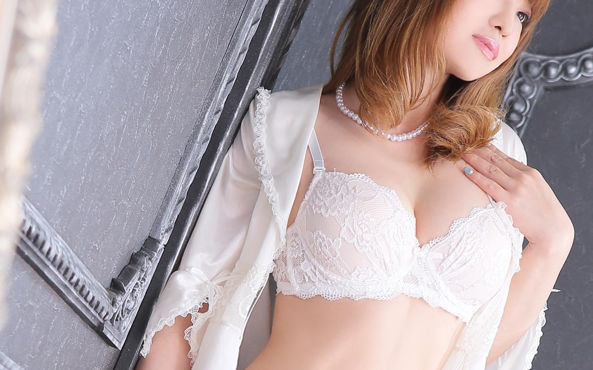 『秘密倶楽部 凛 TOKYO』錦糸町デリヘル 待ち合わせ型 人妻デリバリーヘルス