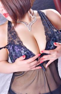 『秘密倶楽部 凛 TOKYO』錦糸町デリヘル 待ち合わせ型 人妻デリバリーヘルスかえでの写真