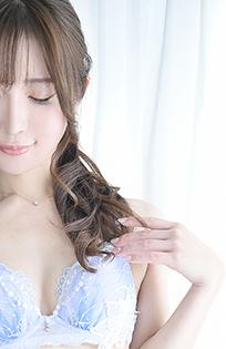 『秘密倶楽部 凛 TOKYO』錦糸町デリヘル 待ち合わせ型 人妻デリバリーヘルス【静華】の写真